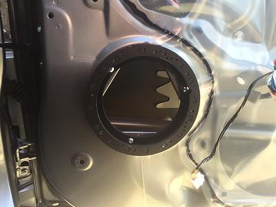 2015 Mitsubishi Outlander ES Front Door Speaker Installation - USA
