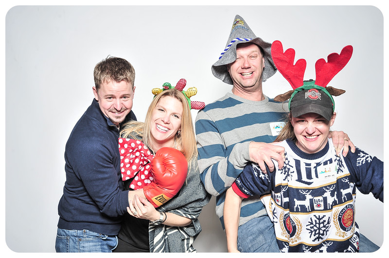 Champlin-Holiday-Photobooth-12.jpg