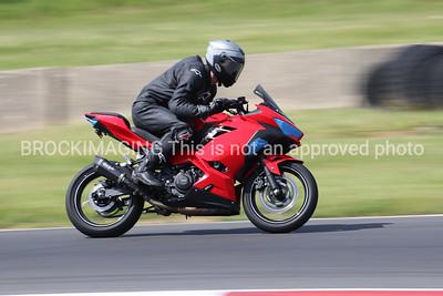 Kawasaki Red Blk