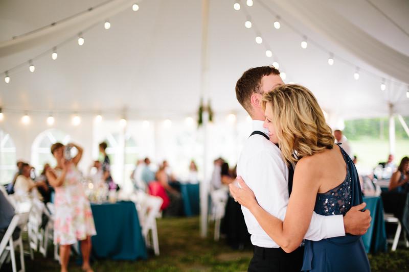 skylar_and_corey_tyoga_country_club_wedding_image-826.jpg