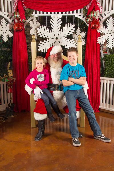 Santa 12-16-17-46.jpg