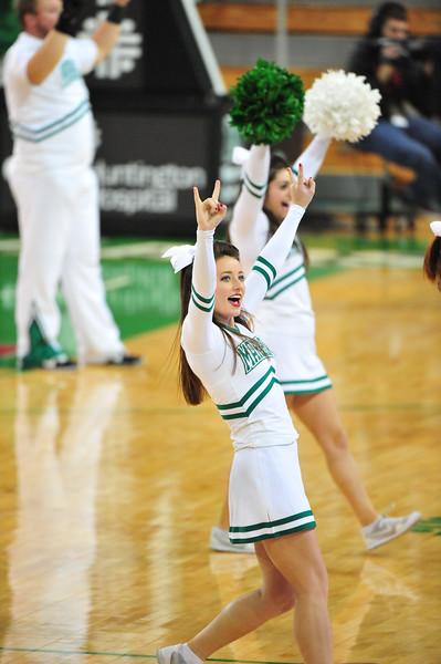 cheerleaders5305.jpg