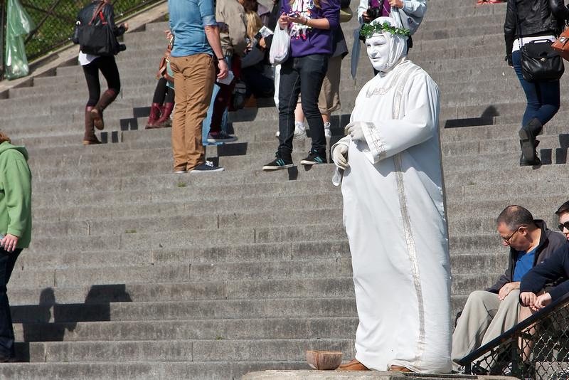 Street performer in Montmatre