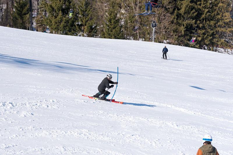 Standard-Race_2-3-18_Snow-Trails-73392.jpg