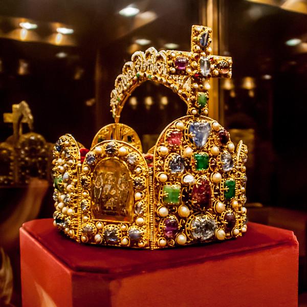 Crown of the Holy Roman Empire - Treasury Hofburg Palace