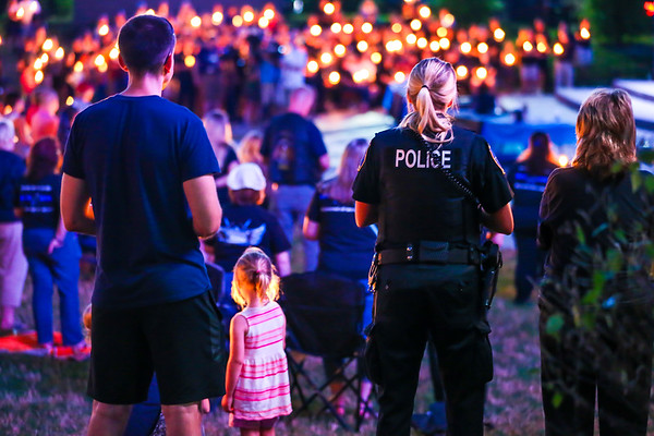 Mentor Police Candlelight Vigil