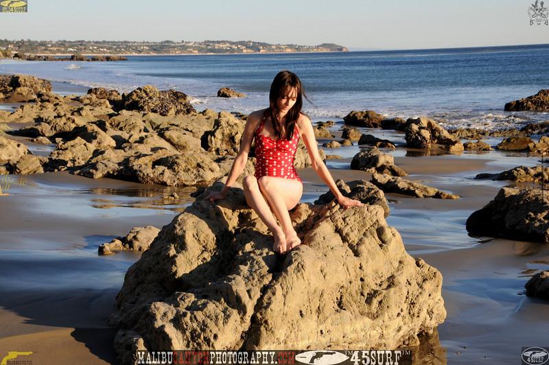 matador swimsuit malibu model 879..453