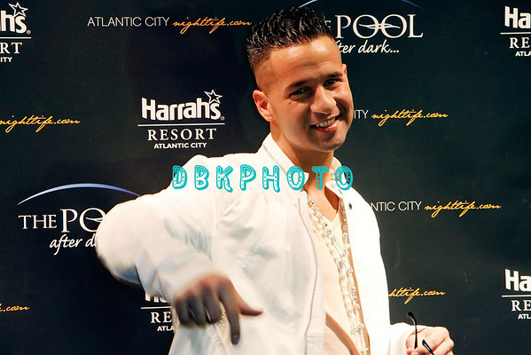 "DBKphoto Mike ""The Situation"" Sorrentino 02/11/2011"