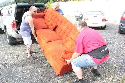 People Donating Furniture to my Giveaway Event, Tamaqua (7-27-2012)