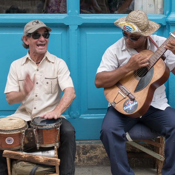 Street musicians, Havana