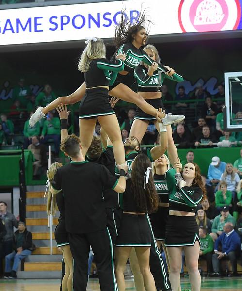 cheerleaders4083.jpg