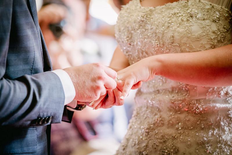 Cross Wedding-205.jpg