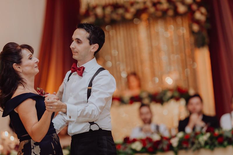 2018-10-06_ROEDER_DimitriAnthe_Wedding_CARD2_0327.jpg
