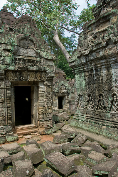 Inscriptions and doorway at the Angkor Wat temple