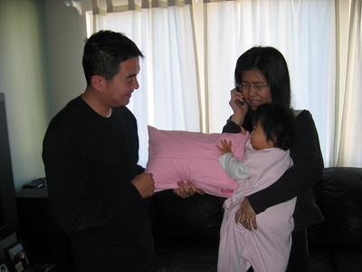 2006Mar18 - Kylie's 1st Birthday
