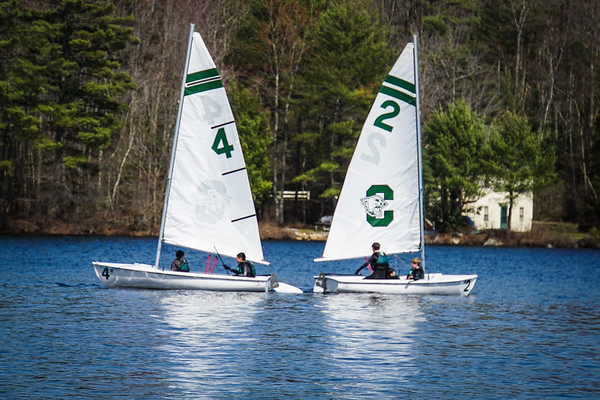 Sailing Team Takes to the Water!