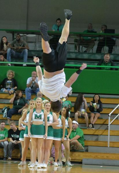 cheerleaders7677.jpg