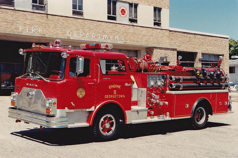 Retired Engine 5.  1971 Mack CF.  100 / 500