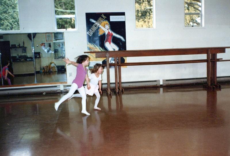 Dance_0389_a.jpg