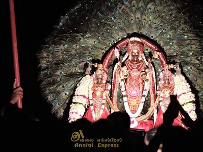 Jaffna Nalloor Kandasuvamil Poonkavanam (13th sep 2015)