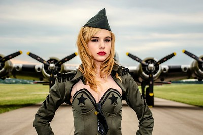 Aviation Pin-ups