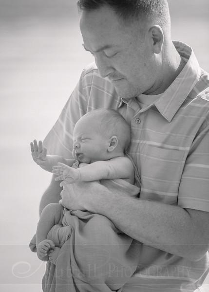 Skeen Newborn 33bw.jpg
