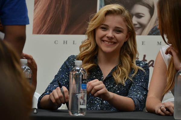Chloe Grace Moretz signing