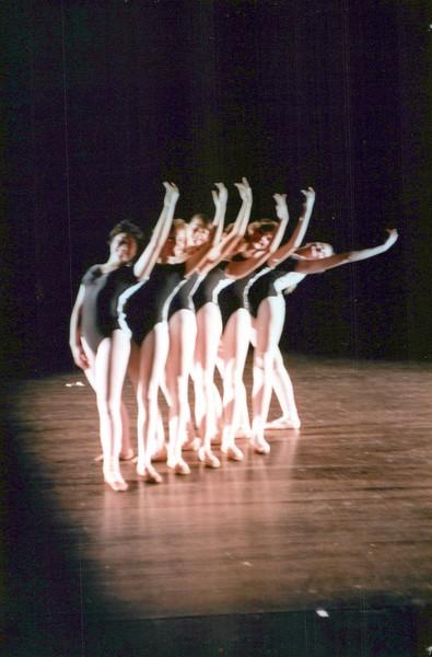 Dance_0560_a.jpg