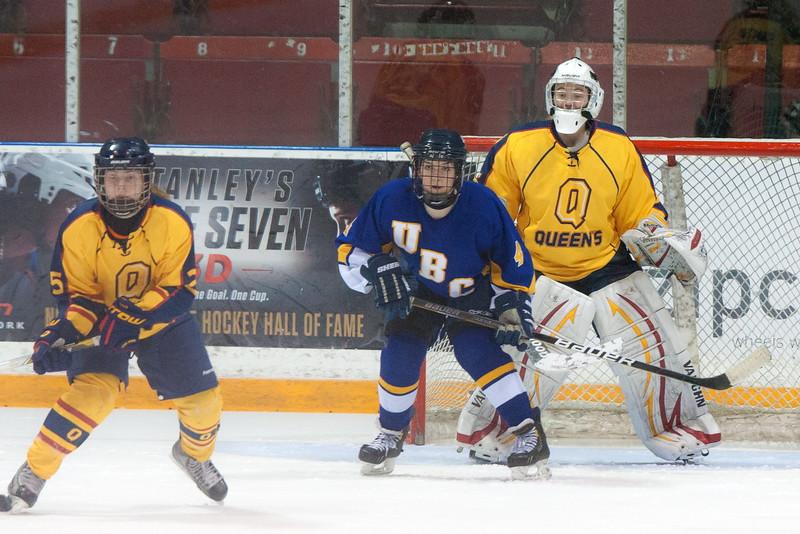 20130310 QWHockeyvsUBC 448.jpg
