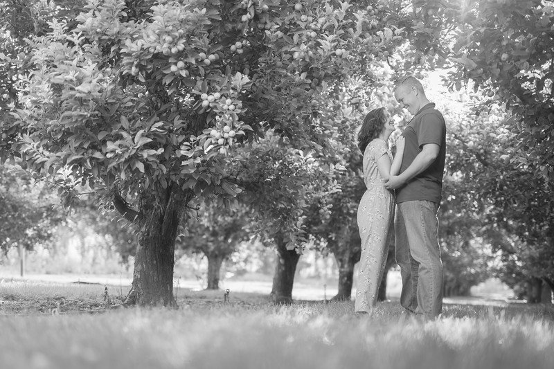 Brandt and Samantha-BW-14.jpg