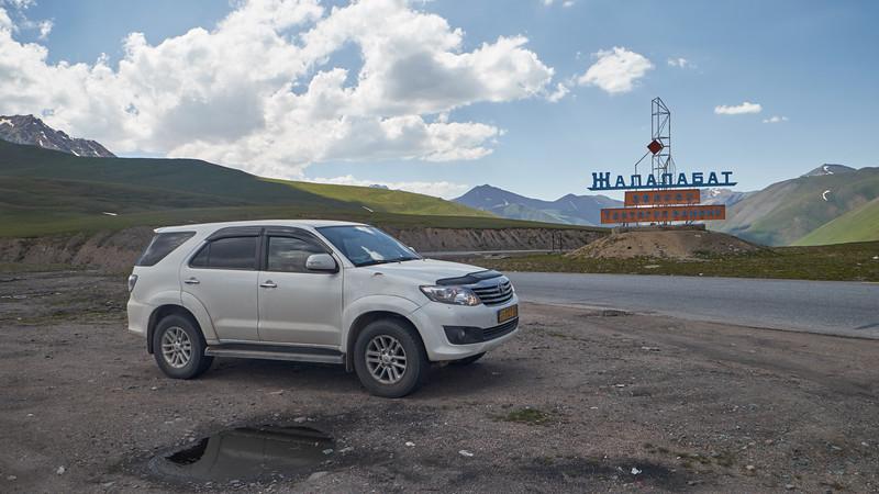 Přejezd přes pohoří Kyrgyz Ala Too