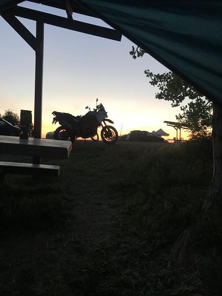 1090 at sunrise