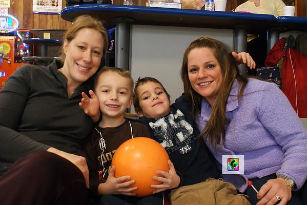 '11 Park Mom/Son Bowling Fun!