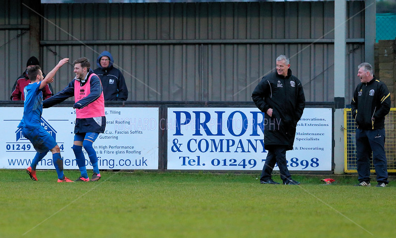 CHIPPENHAM TOWNV HISTON MATCH PICTURES 23rd Jan 2016