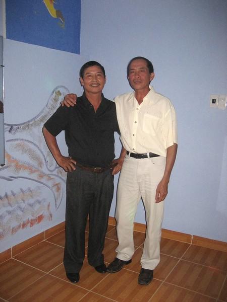 Trần Văn Đồng, Nguyễn Viết Vũ