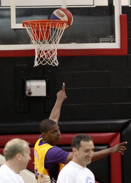 Harlem Wizards Allendale (45).JPG