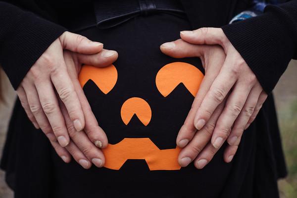 Halloween Maternity Photos