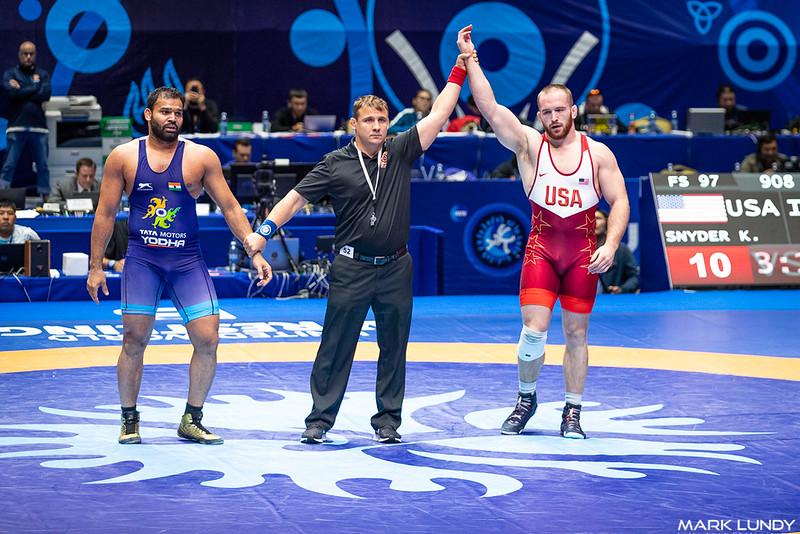 Champ. Round 2: Kyle Frederick Snyder (United States) over Mausam Khatri (India)  •  TF 10-0 - 2019 World Championships