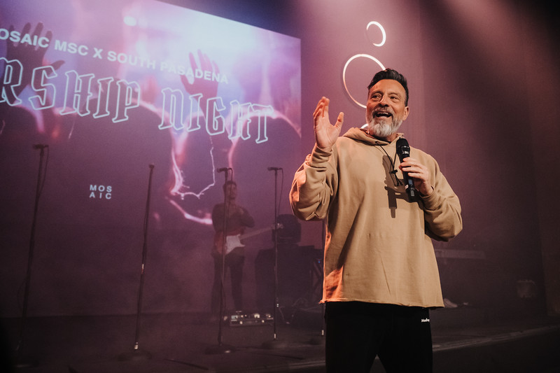 2019_01_24_Midweek_SouthPas_8pm_SouthPasWorshipNight_ASJ-004.jpg