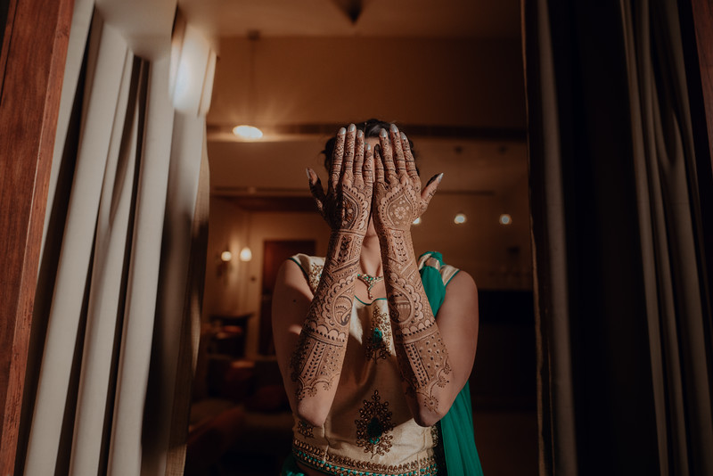 Candid Wedding Photographer Ahmedabad-1-34.jpg