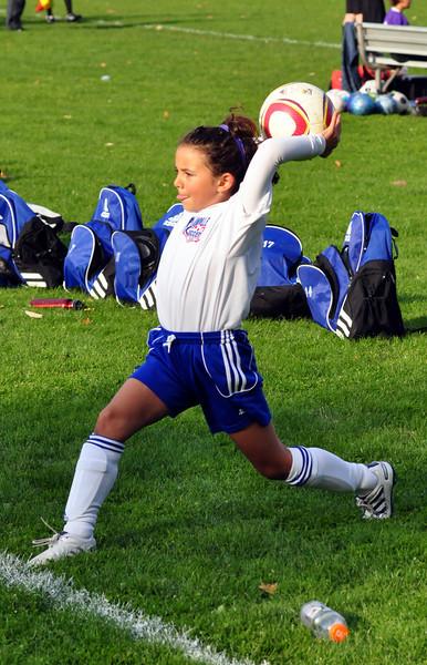 plainville u-11 girls soccer 10-17-10-006.jpg