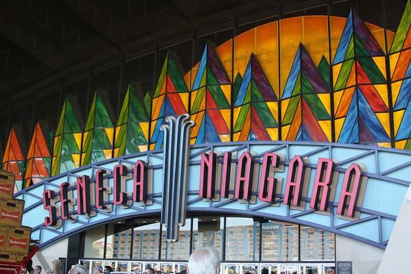 Seneca Niagara Casino Hosts the Budweiser Clydesdales!