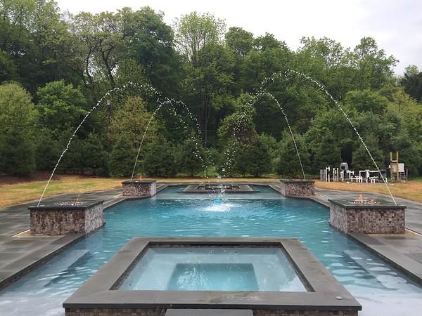 RANDOLPH 2- Party Pool