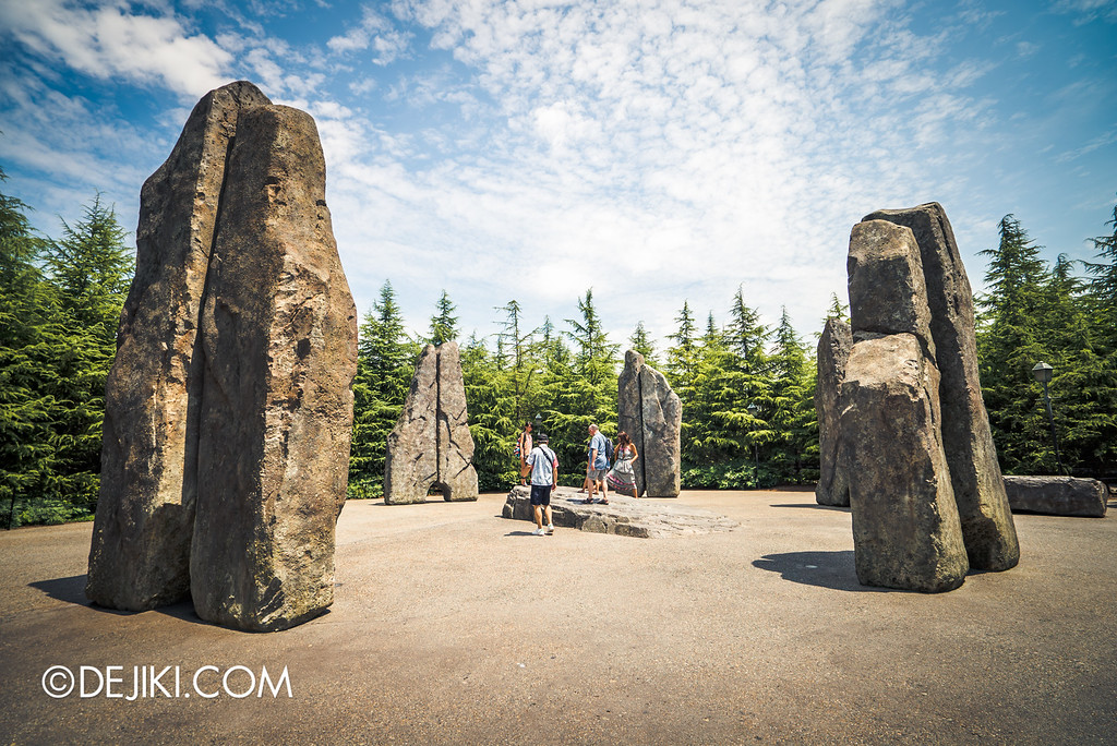 Universal Studios Japan - The Wizarding World of Harry Potter - Stone Circle gateway