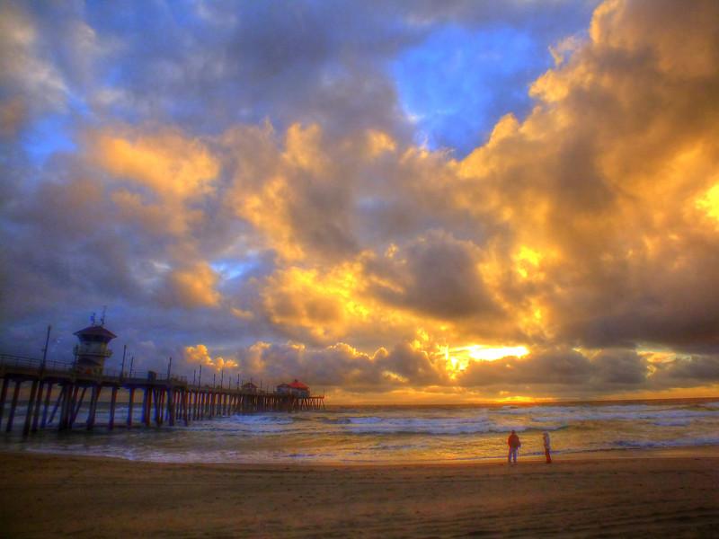 El Niño Sunset Huntington Beach Pier.jpg