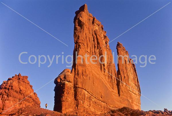 Utah - Joggers - La Sal Mtns, Gemini Bridges, Long Cyn, Arches...