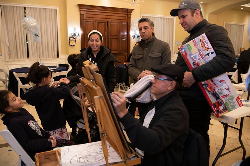 Brentwood Chabad -Chanukah1017.jpg