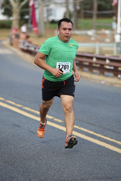 FARC Born to Run 5-Miler 2015 - 01039.JPG