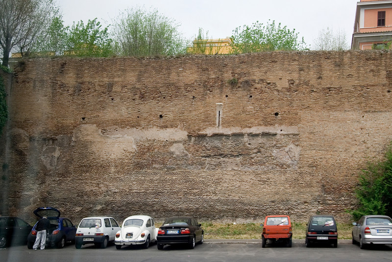 Wall of Ancient Rome.jpg