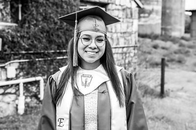 Emily 2021 Grad